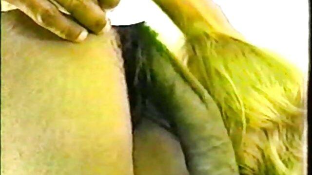 2 asiáticas calientes comparten una sabrosa polla blanca peliculas xx en español