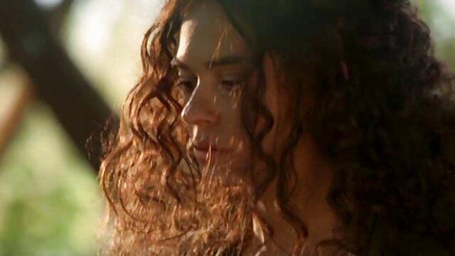 Diosa peliculas salieri en español Ashley Sinclair