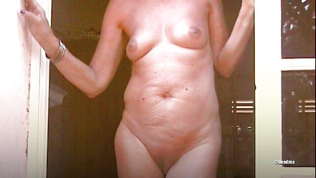 La sexy peliculas completas español latino xxx MILF Diana Swiet se folla a un negro
