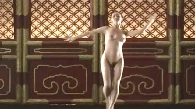 PureMature Masaje bañándose MILF peliculas eróticos online Julia Ann follada y facial