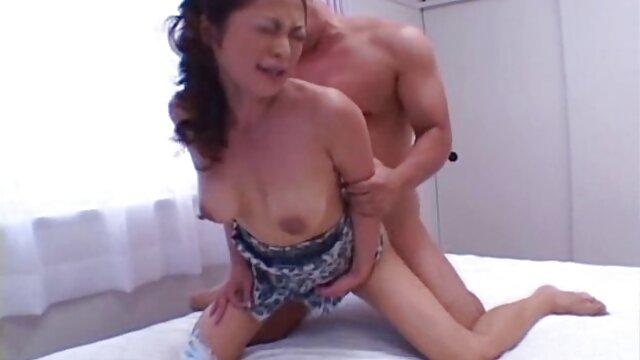 Curvilínea videos porno en español latino gratis tetona Giulia Forde con unos ojos increíbles
