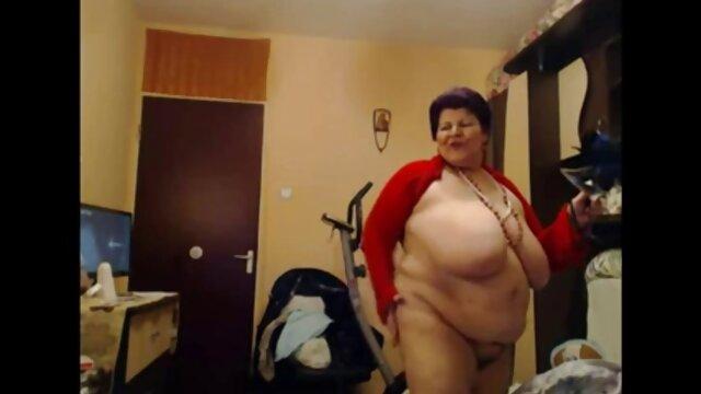 CHICA CALIENTE peliculas hentai en español online FOLLADA EN CAM