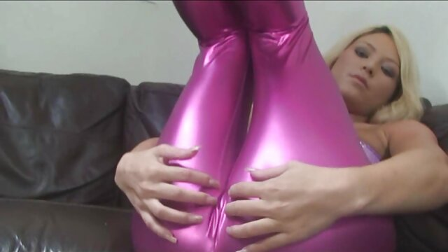 Feetlovin lesbiana nena filmada chupando dedos de porno hentai hd español los pies