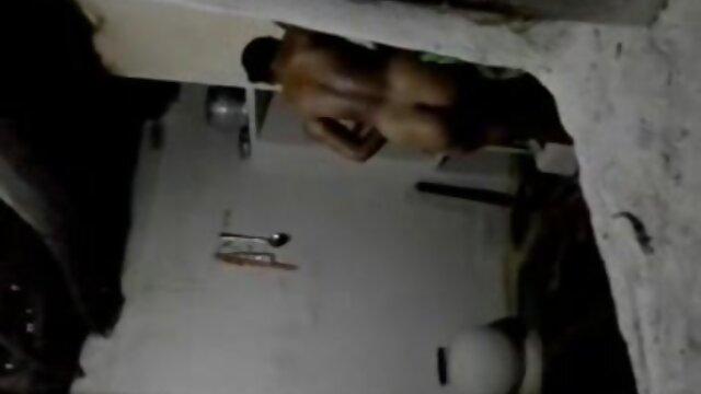 Gordita se frota el coño y se peliculas completas en español de mario salieri folla a dos chicos