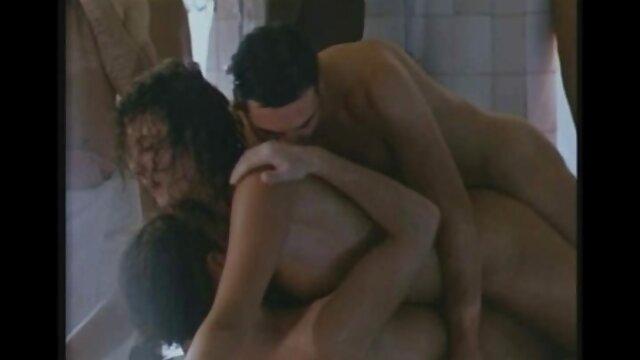 Rubia consigue Cum pelicula porn online tragar
